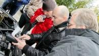 """Akcijā """"Pārsteidz ziemu!"""", kas no 6. – 20.oktobrim Rīgā un citās pilsētās norisinājās pēc auto logu slotiņu """"Champion"""" un spuldžu..."""