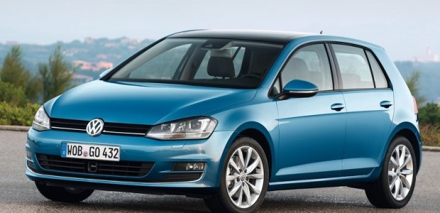 Volkswagen-Golf_2013_800x600_wallpaper_04