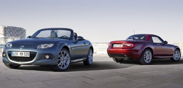 Mazda-MX-5_Roadster_Coupe_2013_800x600_wallpaper_1d