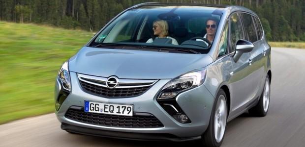 Opel-Zafira_Tourer_2012_800x600_wallpaper_03