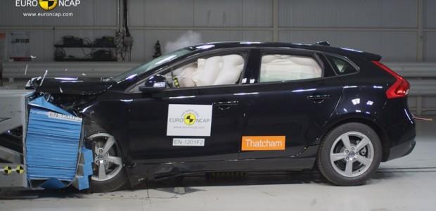 Renault-EuroNCAP Volvo-V40-Frontal i