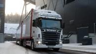 """Zviedru kravas auto un autobusu ražotājs """"Scania"""" prezentējis 440 un 480 Zs 13litru Euro 6 izmešu normām atbikstošus motorus, kas..."""