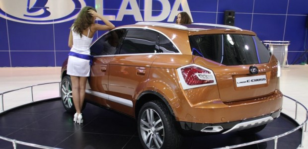 2010-Lada-C-Cross-rear_77