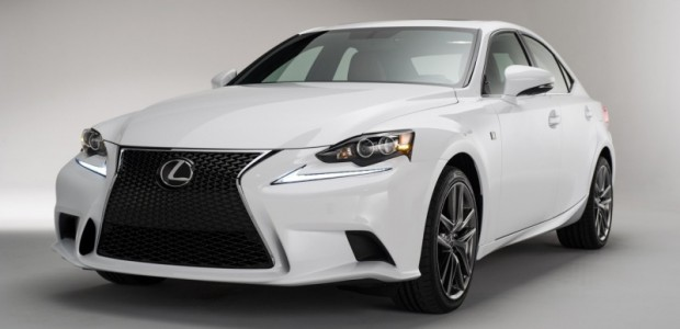 2013-lexus-is350 01