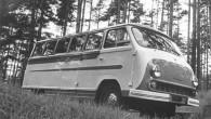 """Pirms diviem gadiem Rīgas Motormuzeja restauratori uzsāka darbu pie """"RAF-997E """"Latvija"""" atjaunošanas un 31.janvārī šis retais Latvijas un bijušās PRSR..."""