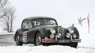 """Pēc pēdējiem no """"Rallye Monte-Carlo Historique"""" pieejamajiem rezultātiem ceturtajā rallija dienā labākā Latvijas ekipāža Kārlis Miķelsons/Normunds Vuguls (Jaguar XK 140)..."""