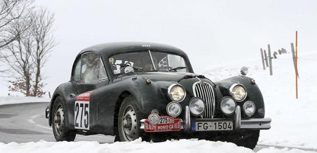 MIKELSONS Karlis/VUGULS Normunds (JAGUAR XK 140 COUPE 1956)