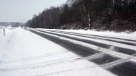 Gandrīz visā Latvijā atkal snieg ilgāk nekā 24 stundas un uz brauktuvēm daudzviet, neskatoties uz intensīvu sniega tīrīšanu, ir zināms...