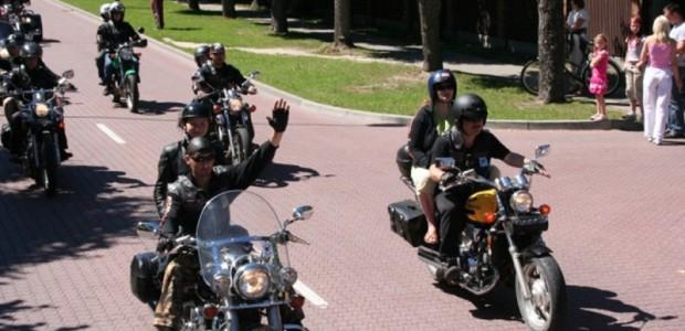 Motociklisti_MCA