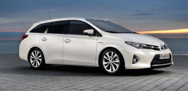 Toyota Auris Touring Sports_2013 01