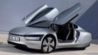 """""""Volkswagen"""" Ženēvā prezentēs neparasta izskata divvietīgu superekonomisku hibrīdautomobili """"XL1"""". Lai gan tas izskatās kā no fantastikas filmas, taču ražotāja informācija..."""