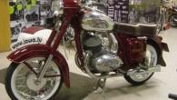 """Tikai trīs dienas, no 5. līdz 7.aprīlim, izstādē """"Motocikls 2013"""" Ķīpsalā līdztekus visdažādākajiem pašiem jaunākajiem dzelzs rumaku modeļiem būs aplūkojama..."""