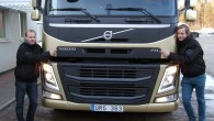 """""""AutoMedia.lv"""" jau vēstīja, ka, laižot tautās atjaunoto vilcēju FM, """"Volvo Trucks"""" rīko Eiropas tūri ar divām nemaskētām jaunajām mašīnām un..."""