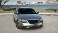 """Ņujorkas autoizstādē koncerns """"Chrysler"""" gatavojas prezentēt sedana """"200"""" jauno paaudzi. Šobrīd par jauno modeli nav gandrīz nekādas informācijas. Zināms vien..."""