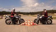 """Neskatoties uz zemo gaisa temperatūru, """"DBS Autoskola"""" jau 22.martā atklāj A kategorijas (motociklu vadītāju) apmācību. Topošajiem motobraucējiem """"DBS Autoskola"""" piedāvā..."""