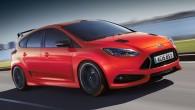 """Kompānijas """"Ford"""" pārstāvji apstiprinājuši, ka """"Focus"""" sportiskā """"RS"""" versija tirgū nonāks 2015. gadā un būs aprīkota ar 2,3 litru """"EcoBoost""""..."""