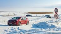 """""""Opel"""" kopā ar žurnālistu grupu izmantoja zemās gaisa temperatūras un ar elektriskās piedziņas auto """"Ampera"""" veica vairākus simtus kilometru maršrutu..."""