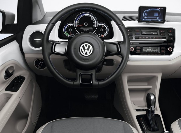Volkswagen-e-Up_2014_03