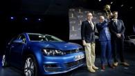 Ņujorkas auto izstādes ietvaros nosaukts konkursa Pasaules Gada Auto uzvarētājs, un – kāds pārsteigums! – prestižo titulu tieši tāpat kā...