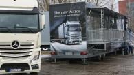 """Kā jau iepriekš vēstīts, lai potenciālajiem interesentiem atvieglotu iepazīšanos ar zīmola flagmani tālsatiksmes kravu pārvadājumu tirgū – """"Mercedes-Benz Actros"""",ražotājs rīkoja..."""