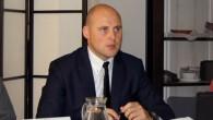 """Latvijas jaunu automobiļu oficiālo tirdzniecības pārstāvju organizācija """"Auto Asociācija"""" prognozē, ka drīzumā ražotāju un tirgotāju kopīgi piedāvātās akciju cenas būs..."""