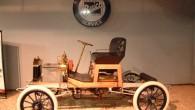 """1903. gada aprīlī pa kompānijas """"Buick"""" vārtiem Detroitas ielās izbrauca pirmais skotu izcelsmes uzņēmēja Deivida Danbara Buika konstruētais automobilis. """"Buick""""..."""