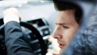 Lielbritānijā pieaudzis to vīriešu skaits, kurus varētu dēvēt par motorseksuāļiem – 2,2 miljoni vīriešu cietuši autoavārijā, kamēr pētījuši sevi spogulī....