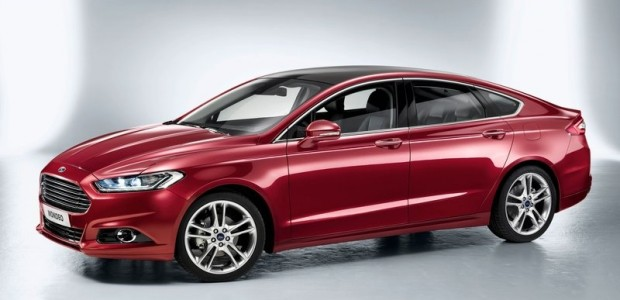 Ford-Mondeo_2013_02