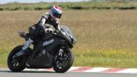 """Itāļu firma """"Vercar Moto"""", izmantojot """"Yamaha YZF-R6"""" šasiju, izgatavojusi sacīkšu moci, kuru darbina elektromotors. Nesen Starptautiskā Motosporta federācija (FIM) deva..."""