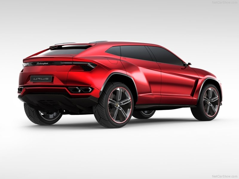 Lamborghini-Urus_Concept_08