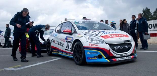 Peugeot_208_racing_3