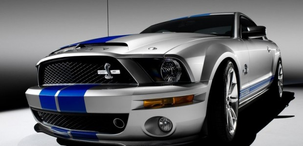 Ford-Mustang_Shelby_GT500KR_2008_800x600_wallpaper_1c