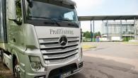 """Rīgā no 3. līdz 7.jūnijam globālās programmas Mercedes-Benz Truck Driving Trainings ietvaros 50 kravas automobiļu vadītāji ar jaunajiem """"Mercedes-Benz Actros""""..."""