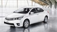 """Tūdaļ pēc """"Corolla"""" sedana Amerikas tirgum paredzētās specifikācijas """"Toyota"""" atrādījusi arī Eiropas versiju. Izskata atšķirības ir nelielas, taču tūdaļ pamanāmas...."""