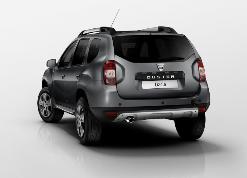 Dacia-Duster_rear