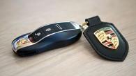 """Izrādās, ka nav nemaz tik sarežģīti uzlauzt koncerna """"Volkswagen"""" ražoto automobiļu, tostarp """"Audi"""", Bentley"""", """"Porsche"""" un """"Lamborghini"""" atslēgas. Visu """"VW""""..."""