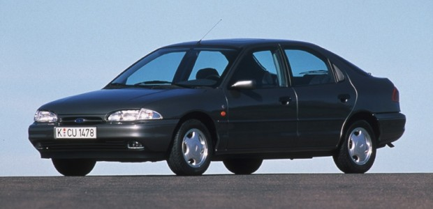 1-Ford Mondeo_1992