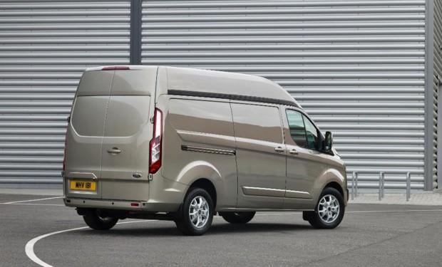 4-Ford Transit Custom +