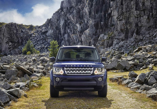 Land_Rover-Discovery_2014_800x600_wallpaper_03