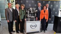 """""""General Motors"""" (GM) Eiropas atzara – """"Opel"""" vadība nupat paziņojusi, ka Vācijas Reinzemes-Pfalcas reģiona Kaizerslauternas rūpnīcā paredzētas investīcijas 130 miljonu..."""