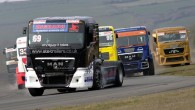 Aizvadītajā nedēļas nogalē ar posmu Lemānas trasē noslēdzies Eiropas čempionāts autošosejā kravas automobiļiem. Pēdējās sacīkstēs, uzvarējis divos no četriem braucieniem,...
