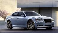 """Kompānija """"Chrysler"""" vēlreiz atjauninājusi savu biznesa klases sedanu """"300C"""". Ražotāja pārstāvji uzsver, ka 2014. gada modelis būs vēl iespaidīgāks un..."""