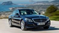 """""""Mercedes-Benz"""" nodevis atklātībai jaunās paaudzes C klases sedana attēlus un informāciju par modeli, kura oficiālā pirmizrāde paredzēta janvārī Detroitas autosalona..."""