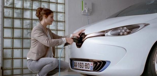 Renault_zoeplug