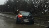 """Līdz """"BMW"""" topošās kupejas """"i8"""" nonākšanai tirgū atlicis vēl nepilns gads, taču nupat reģistrēts pirmais satiksmes negadījums ar bavāriešu hibrīdautomobiļa..."""