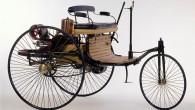 """Par komerciālas autobūves pionieri uzskatāmais Karls Bencs 1886.gada 29.janvārī patentēja pirmo ar motoru darbināmo transporta līdzekli. Vācu inženiera izgudroto """"Motorwagen""""..."""