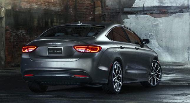 Chrysler-200-02