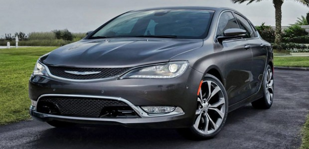 Chrysler-200-1