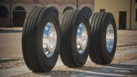"""Kompānija """"Goodyear"""" laidusi tirgū divas jaunas kravas automobiļu riepu līnijas – """"KMAX"""" un """"FuelMAX"""". Modeļu līnijai """"KMAX"""", kurā ietilpst speciāli..."""