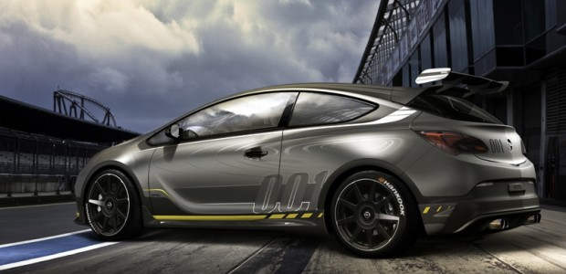 Opel Astra Extreme 2014